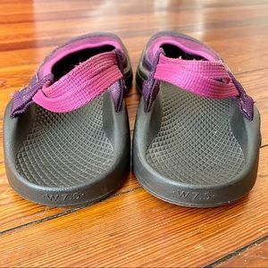 Chaco Shoes - Chaco Mary Jane Pink & Purple Vintage Shoes 7.5